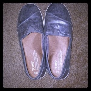Silver TOMS